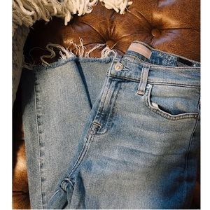 ☼ 7 FOR ALL MANKIND LUXE VINTAGE FRAYED JEANS ☼